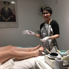 Be Smooth – Experience no fuss facials with real results, acne and